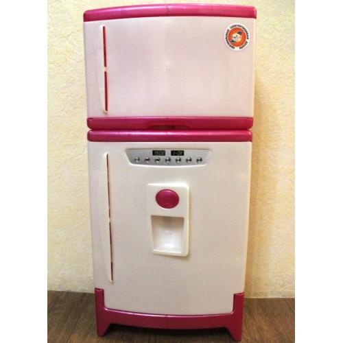 Холодильник двухкамерный со звуковыми эффектами